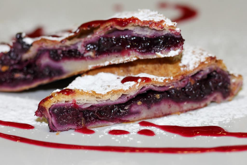 bitoraj blueberry strudel