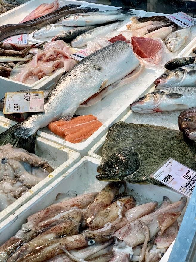 dolac market seafood fish